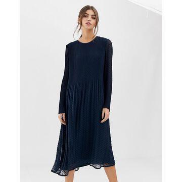 Y.A.S plisse jacquard dress-Black