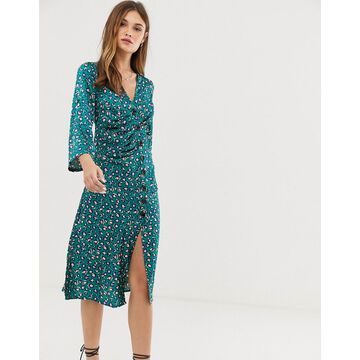 Liquorish button through midi dress in leopard-Green