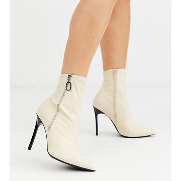 London Rebel wide fit pointed stiletto heeled boots in cream-Multi