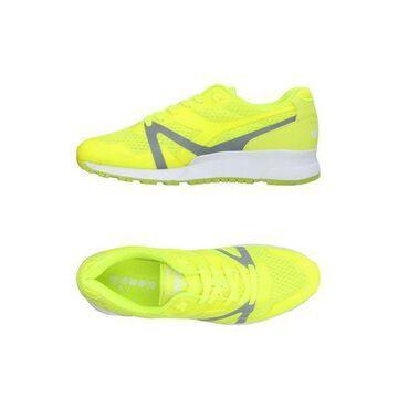 DIADORA Low-tops & sneakers