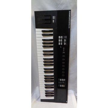 Used Komplete Kontrol S49 MIDI Controller