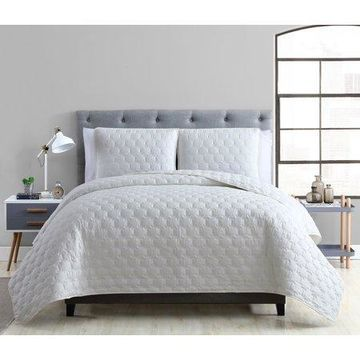 Mainstays Maxton Ultra Soft Pinsonic King Quilt Set, Light Grey