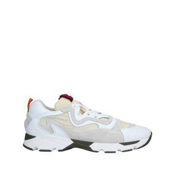CARVEN Low-tops & sneakers