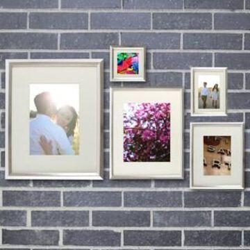 Silver Frame Set By Studio Decor