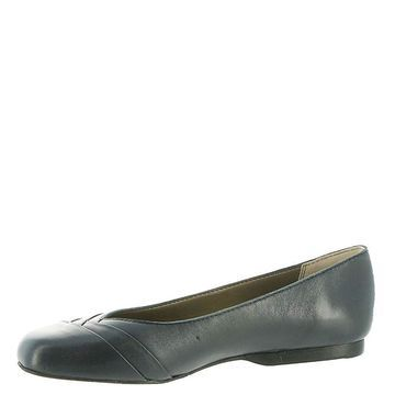 ARRAY Womens Closed Toe Loafers