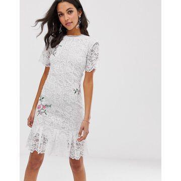 Liquorish lace midi dress with floral embroidery