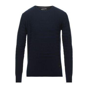 YES ZEE by ESSENZA Sweater