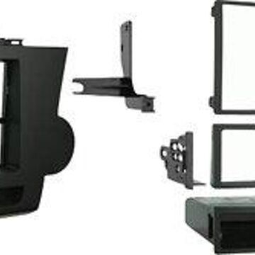 Metra - Double DIN Installation Kit for Most 2008-2009 Toyota Highlander Vehicles - Brown