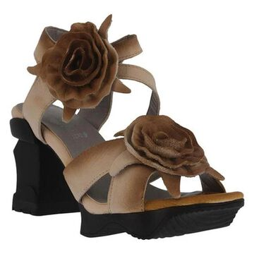 L'Artiste by Spring Step Women's Shelly Ankle Strap Sandal Beige Leather