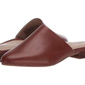 Earth Uptown Uma (Ciocco Soft calf) Women's Clog Shoes