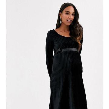 Mamalicious maternity velvet dress in black