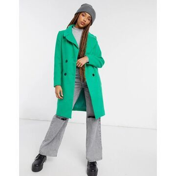 Liquorish straight coat with button detail in green